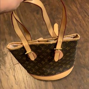 Monogram Petite Bucket LV Bag